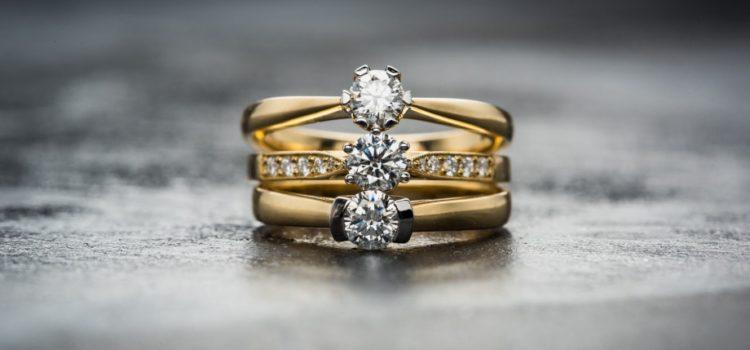 Jak prawidłowo dbać ozłotą biżuterię?